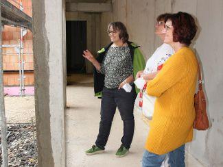 Der Angehörigenbeirat besichtigt den Wohnanlagen-Neubau in Parsberg